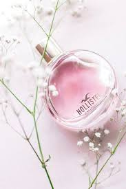 photo of hollister fragrance bottle