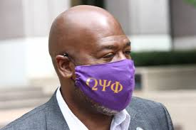"""Orange County FL a Twitter: """"#MaskUpMonday (and every day). @OrangeCoFL  County Administrator Byron Brooks sports his @OfficialOPPF mask as a proud  alum. Byron recently joined leaders for @TheRealONYXMag """"Mask Up"""" public  service"""