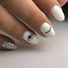 20 trending round nail designs to try