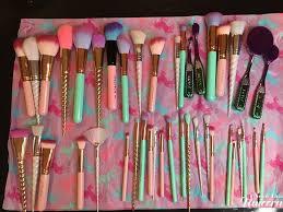 mermaid and unicorn makeup brushes i