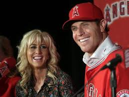 Angels outfielder Josh Hamilton files for divorce from wife of 11 ...