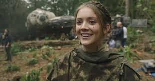 Star Wars Actor Billie Lourd Surprise ...