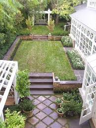 garden look bigger without expanding