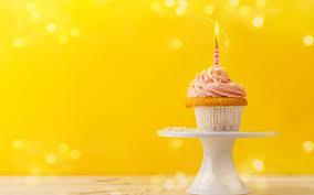 تحميل خلفيات عيد ميلاد سعيد كب كيك كعكة شمعة تحترق 1 سنة