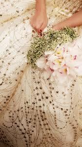 أجمل الظنون الظن بالله الحياة باقة ورد وانا العروس التي تحمل تلك