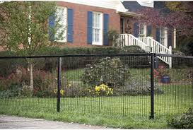 Yardgard Select Metal Fencing 104ft Long Steel Fence And Double Gate Kit 4ft High Black Amazon Ca Patio Lawn Garden
