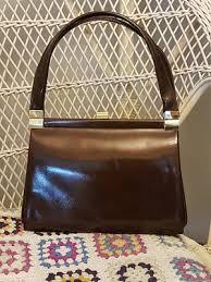 vintage handbags revival vintage