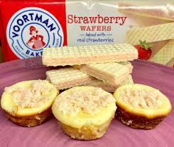 strawberry wafer cheesecake bites on