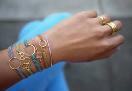 diy macrame bracelet honestly