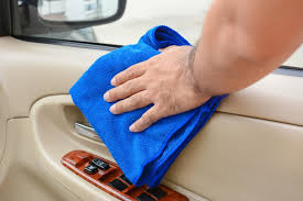clean detail the interior of your car