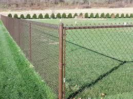4 Foot Tall Brown Chain Link Fence Www Alanmarcconstruction Com Located In Gresham Or Teknologi