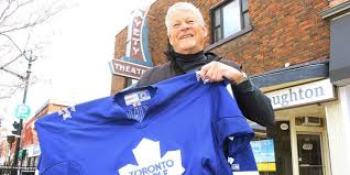 theatre relives toronto maple leafs