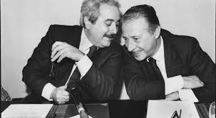 Cosa resta della tragica morte di Falcone e Borsellino, 25 anni ...