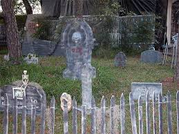 Six Spooky Fencing Ideas For Halloween Parr Lumber