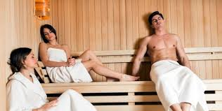 sauna etiquette do s and don ts for
