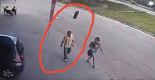 Homem é atingido brutalmente por pneu de carreta no Brasil