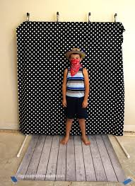 diy photo booth backdrop frame for