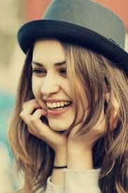صور بنت تضحك اجمل ابتسامة فتاة يمكن ان تراها في حياتك كلام نسوان