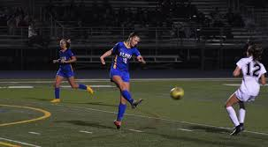 Pamplin Media Group - Aloha girls soccer aims focus on Metro, 6A playoffs