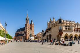 krakow day tour from warsaw ab poland