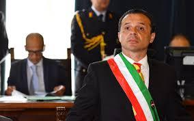 De Luca faccia il sindaco e non lo sceriffo - Sciami