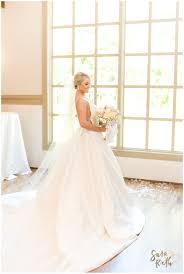 elegant gold sparkle wedding at noah s