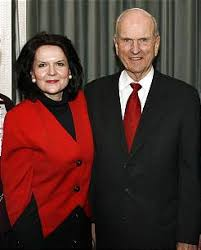 Elder Russell M. Nelson and Wife Wendy Nelson Robbed In Mozambique ...