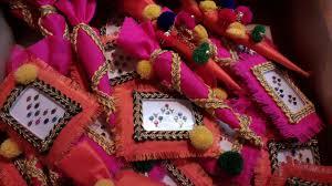 Pin by Priyal Khurana on FAVORS | Wedding gifts packaging, Wedding gift  pack, Indian wedding favors