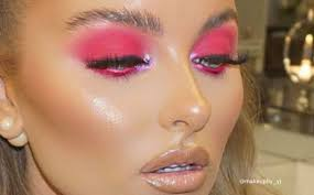 glam with these easy neon makeup looks