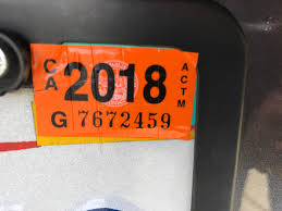 After Installing Car Registration Sticker Score It With A Razor Blade To Prevent Thieves From Stealing It Lifehacks