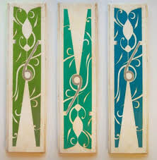 33 Crafty Things To Make With Clothespins Easy Laundry Room Art Clothespin Art Laundry Room Wall Art