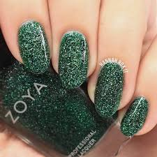 50 fabulous ways to wear glitter nails