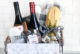 hostess bread basket gift idea
