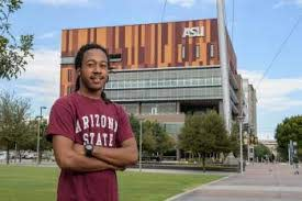 Cronkite freshman aspires to be voice of his generation | ASU Now: Access,  Excellence, Impact