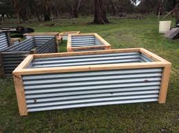 raised garden beds made from recycled