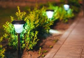 path lights for your lawn and garden