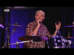 "Chad Smith of RHCP gets PISSED when someone shouts ""Will Ferrel"" – X96"
