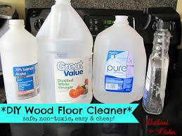 cleaning hardwood floors with vinegar
