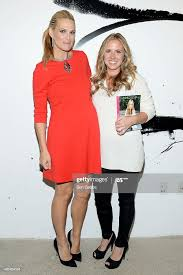 Molly Sims and moderator Abby Lawson attend the AOL Build Speaker... News  Photo - Getty Images