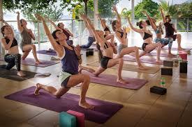 bali yoga teacher bee