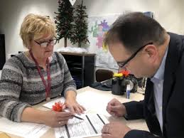 Second candidate turns in signatures for Dist. 7 alderman in West Bend -  Washington County Insider