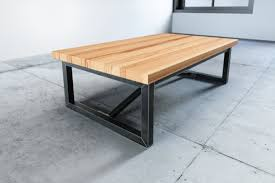 Couchtisch Holz Metall