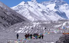 The Dark Side of Everest - A Personal ...