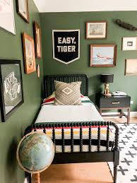 This Home S Interior Perfectly Mixes Vintage And Modern Design With A Splash Of Bold Black Accents Kid Room Decor Big Kids Room Kids Bedroom