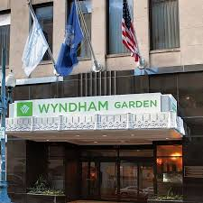 hotel wyndham garden baronne plaza new