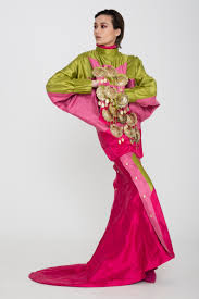ARTS THREAD ARTS THREAD MEMBER HOLLY JAYNE SMITH SHOWS AT LONDON ...