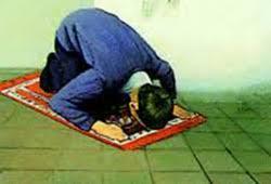 حکم کسی که نماز نمی خواند، چیست؟ | شهر سوال