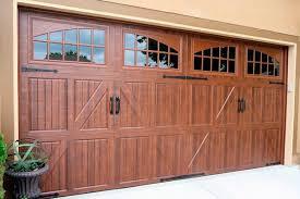 The Best Garage Door Styles | Estrella Rocks