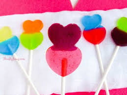diy valentine heart lollipops thrifty