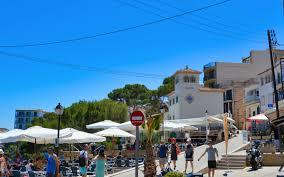 Tour in giornata di Girona & Figueres e Museo Dali da Barcellona | Ottieni  la Garanzia dei Migliori Prezzi con Headout